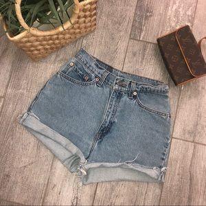 Levi's Shorts - VINTAGE Levi's 512🔥